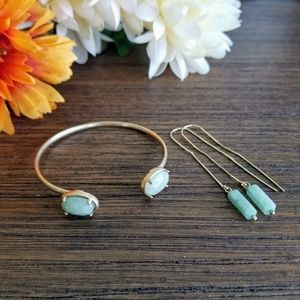 Jewelry - Turquoise earrings and bracelet set